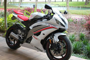 2009 Yamaha YZF-R6 for $2500