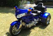 Honda Goldwing GL1800 Blue Trike One Owner Goldwing Trike only 3330 mi